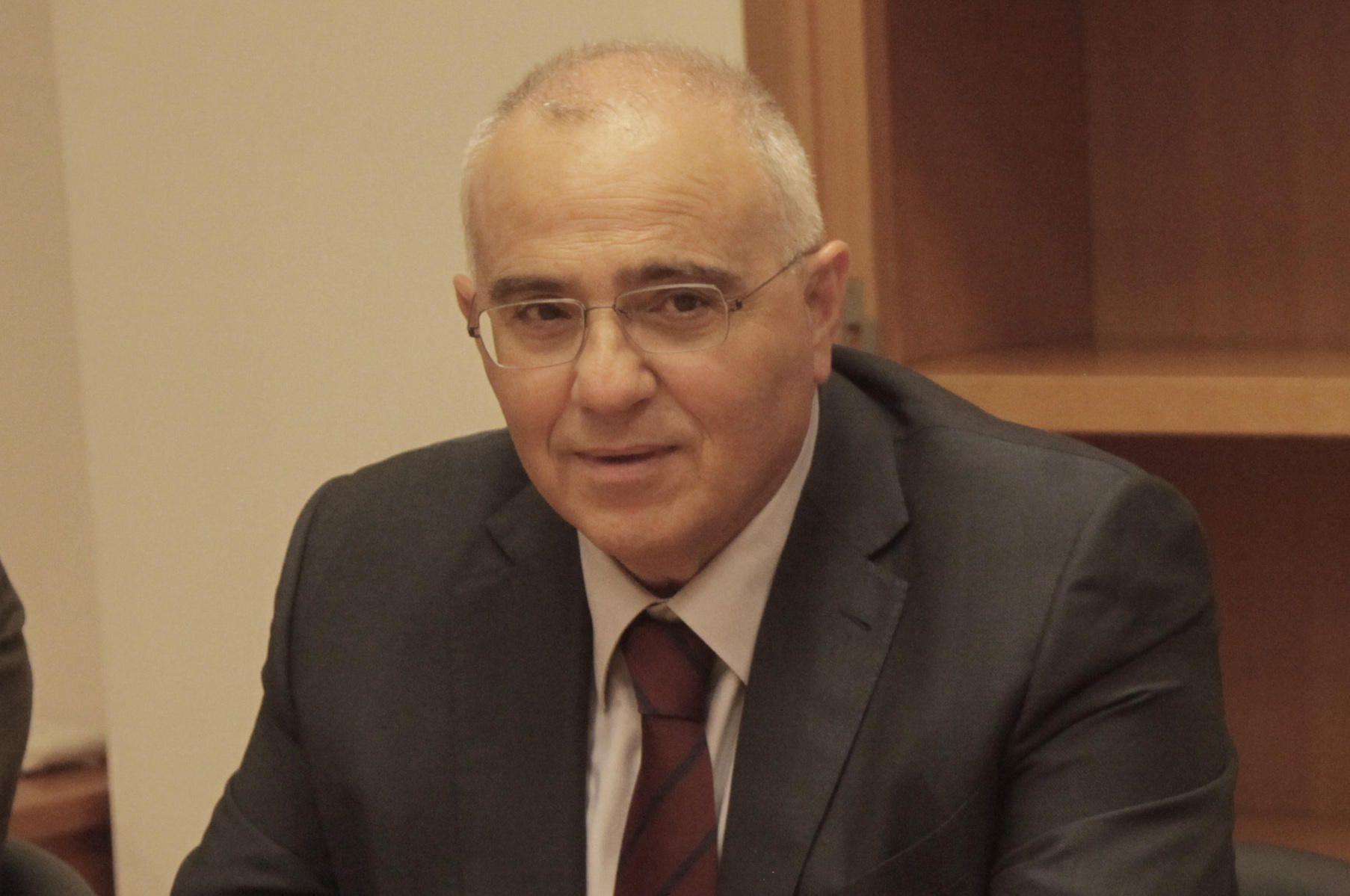 Νίκος Καραμούζης. Ετών 63. Πρόεδρος Eurobank