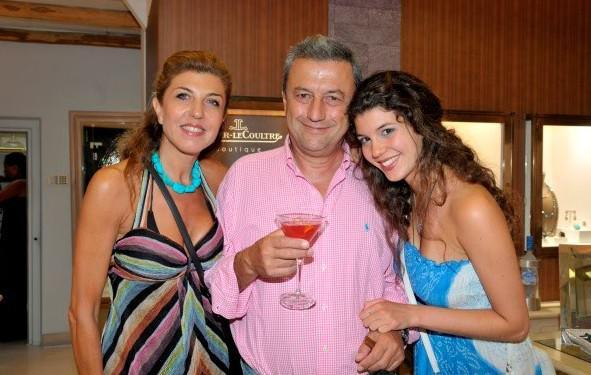 Άννα, Γιώργος και Στεφανία Κούμπα, Μύκονος 2011.