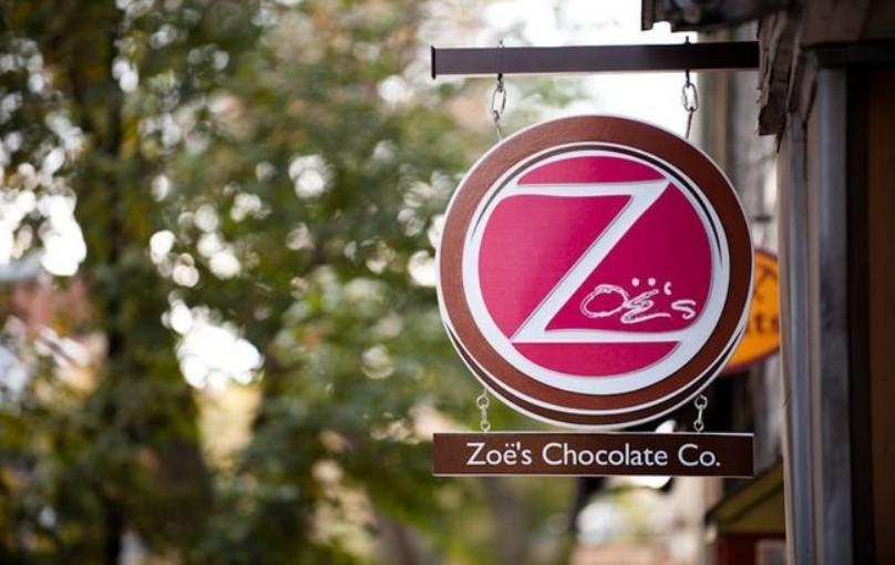 Η σοκολατοποιία «Zoe's Chocolate» γεννήθηκε το 2007, σε μία περίοδο δραματική για την αμερικανική οικονομία.