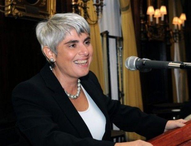 Αγγελική Φράγκου, ετών 49, Πρόεδρος και Διευθύνουσα σύμβουλος της Navios Maritime Holdings Inc