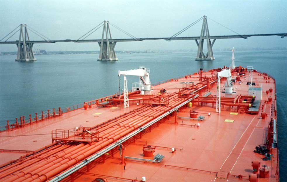 tanker τανκερ ναυτιλία ναυλαγορά