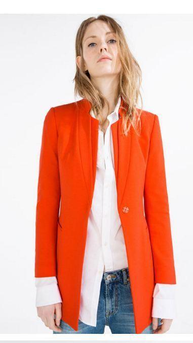 1c3c41122fee ... ανοιξιάτικα χρώματα και σχέδια όπως για παράδειγμα τα αγαπημένα μας  blazer σε ανοιχτόχρωμους τόνους