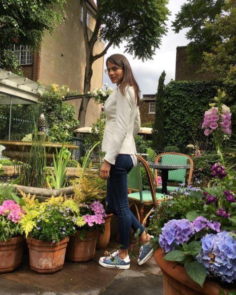 Η Δήμητρα Μέρμηγκα στο The Ivy του Chelsea στο Λονδίνο