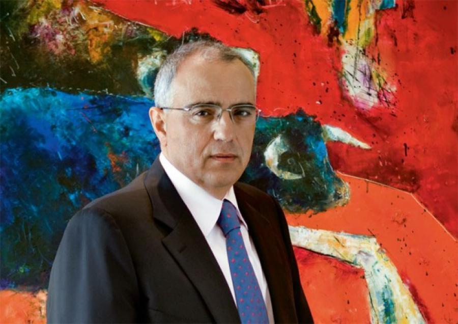 Νίκος Καραμούζης