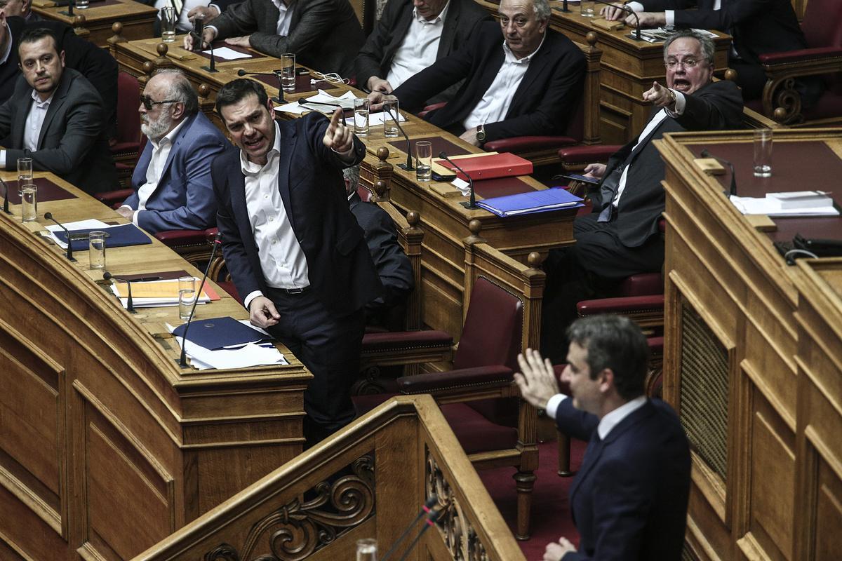 Αποτέλεσμα εικόνας για Τσίπρας Μητσοτάκης βουλή