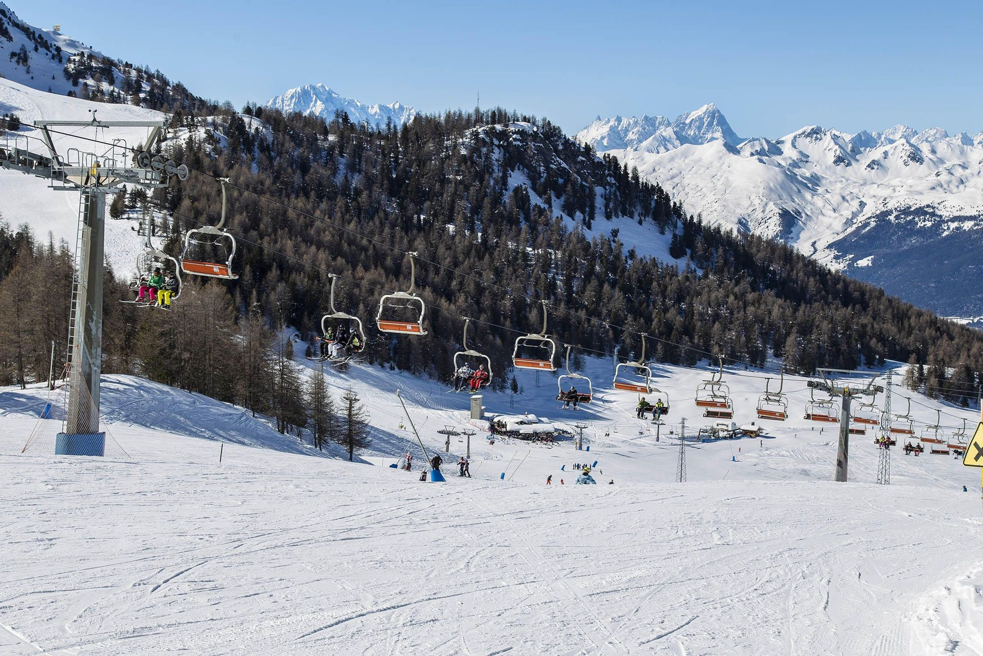 Chairlift in Pila