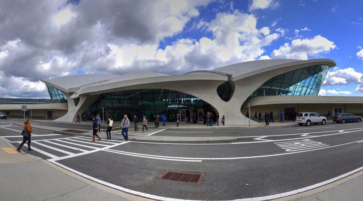 the-twa-flight-center-at-jfk-airport-in-jamaica-new-york