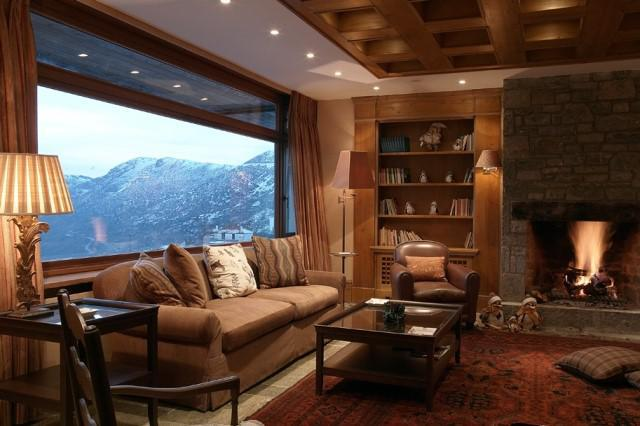 Santa Marina Arachova Lounge