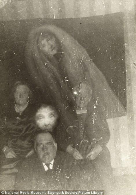 spooky16