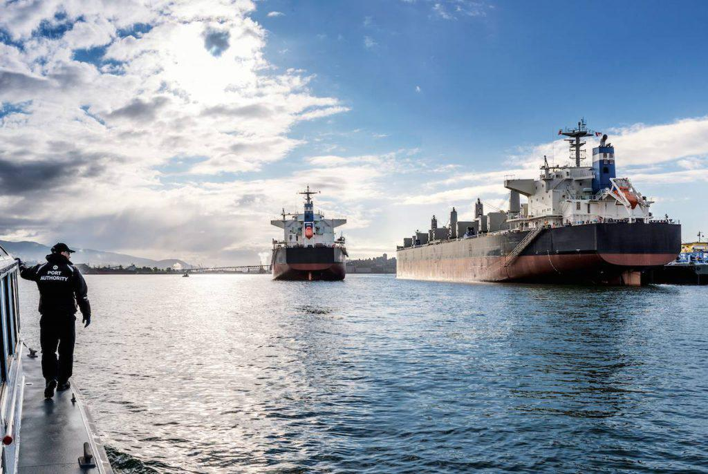 ναυτιλία dry bulk