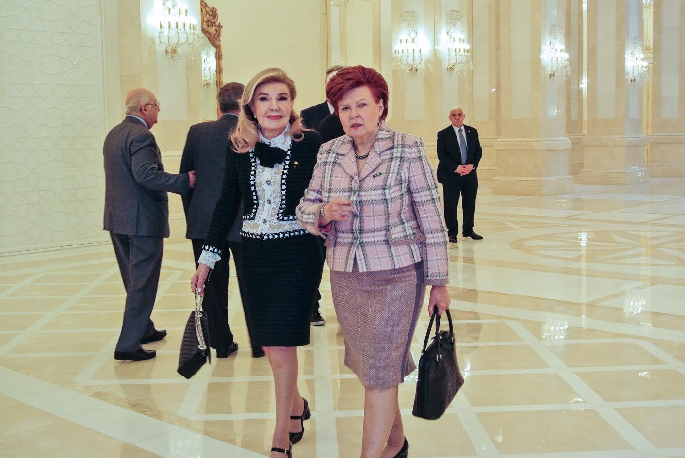 Μαριάννα Βαρδινογιάννη Baku