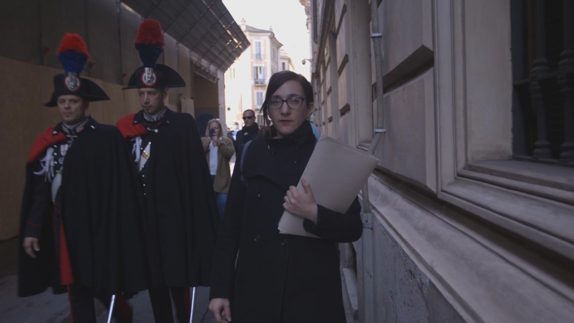 Το VICE Greece και η senior producer του, Αναστασία Μουμτζάκη, απέκτησε πρώτα σε σχέση με οποιαδήποτε άλλο ελληνικό μέσο πρόσβαση σε απόρρητα έγγραφα των Ιταλικών μυστικών υπηρεσιών για το θέμα της παράνομης διακίνησης αποβλήτων στη Μεσόγειο.