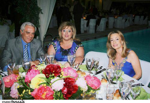 Ο Νίκος Ευθυμίου με την σύζυγο του Ελένη και τη Νινέτα Βαφιά