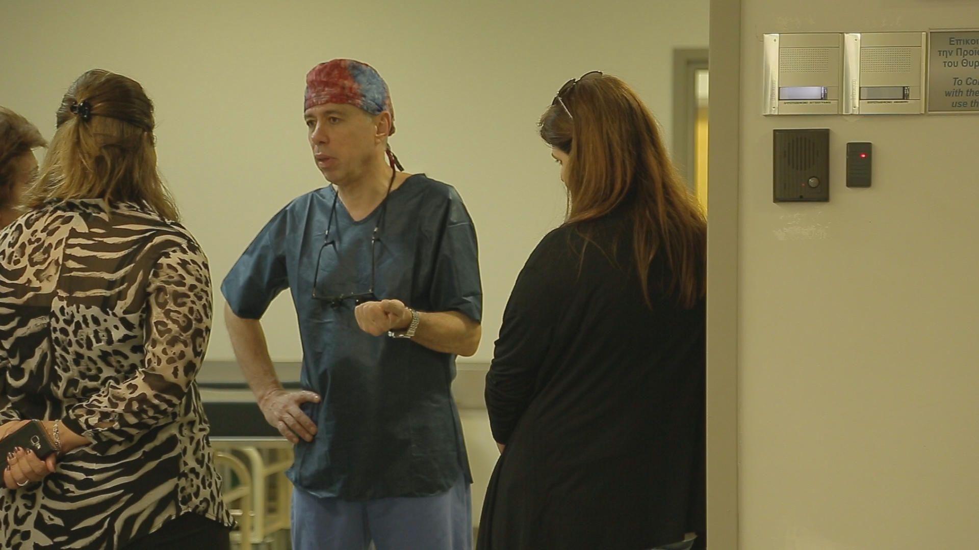 Ο Παναγιώτης Δεδεηλίας είναι καρδιοχειρουργός Επιμελητής Α' στο Γενικό Νοσοκομείο Αθηνών «ΕΥΑΓΓΕΛΙΣΜΟΣ». Ασκεί τα ιατρικά του καθήκοντα στο μεγαλύτερο νοσοκομείο της Ελλάδας για πάνω από 20 χρόνια. Όπως χαρακτηριστικά αναφέρει, ο ίδιος είναι η τελευταία μόνιμη πρόσληψη που έγινε στην ειδικότητά του από το 2000.