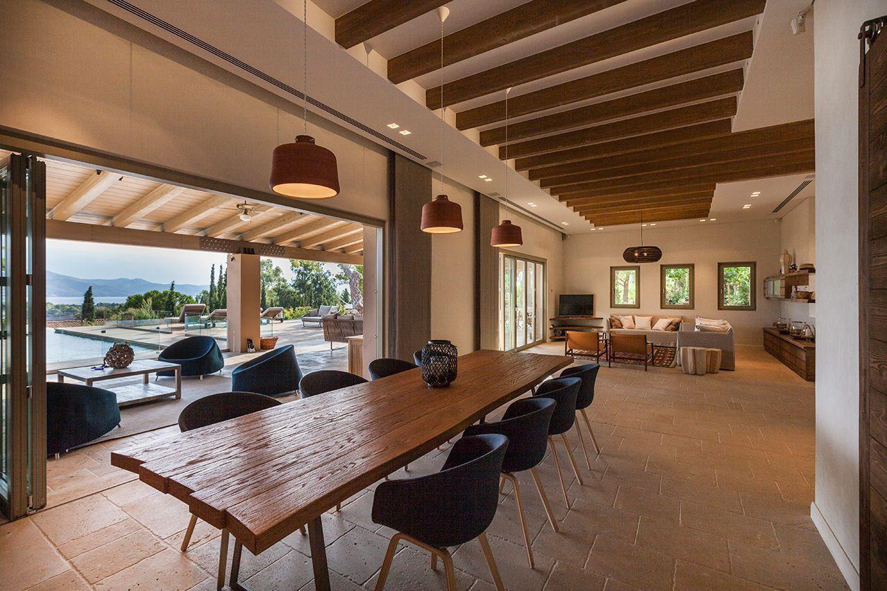 Η πολυτέλεια ξεχειλίζει...το σπίτι των ονείρων σας βρίσκεται στην Ελλάδα και έχει θέα τις υπέροχες Σπέτσες!(photos)