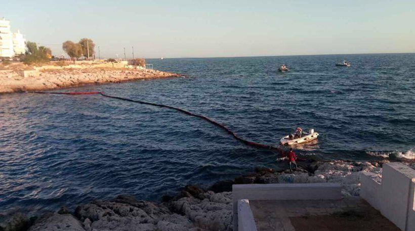 Greece Tanker Pollution