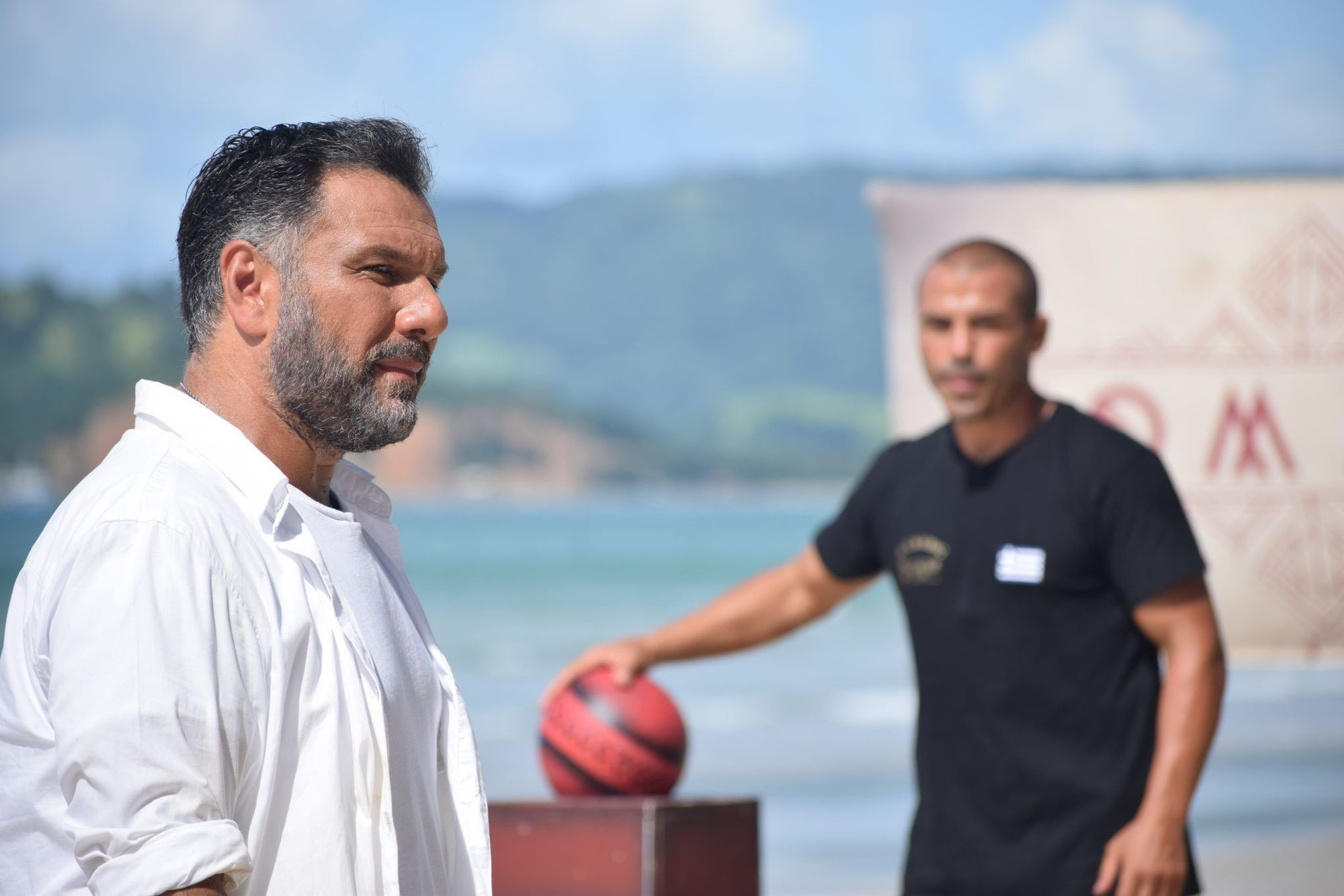 Νέα οικειοθελής αποχώρηση στο NOMADS - Επιστρέφει ο Μιχάλης Ζαμπίδης; (VIDEO)