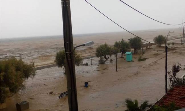 Αποτέλεσμα εικόνας για ζορμπάς τυφώνας ελλάδα εικόνες καταστροφής